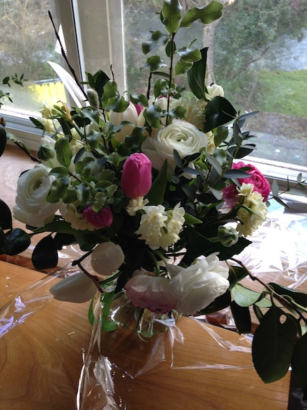 Hand-tied posy - Common Farm Flowers workshop